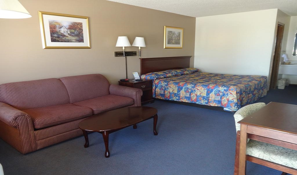 National 9 Inn Garden City - Single Bed-3