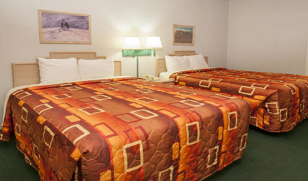 Navajoland Inn & Suites - Double Beds-3