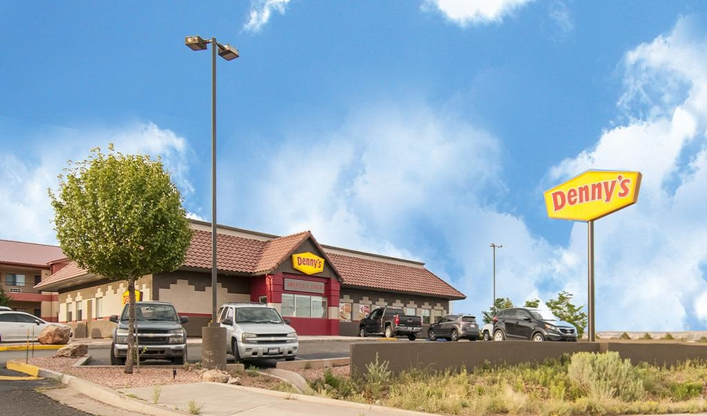 Navajoland Inn & Suites - Exterior-2