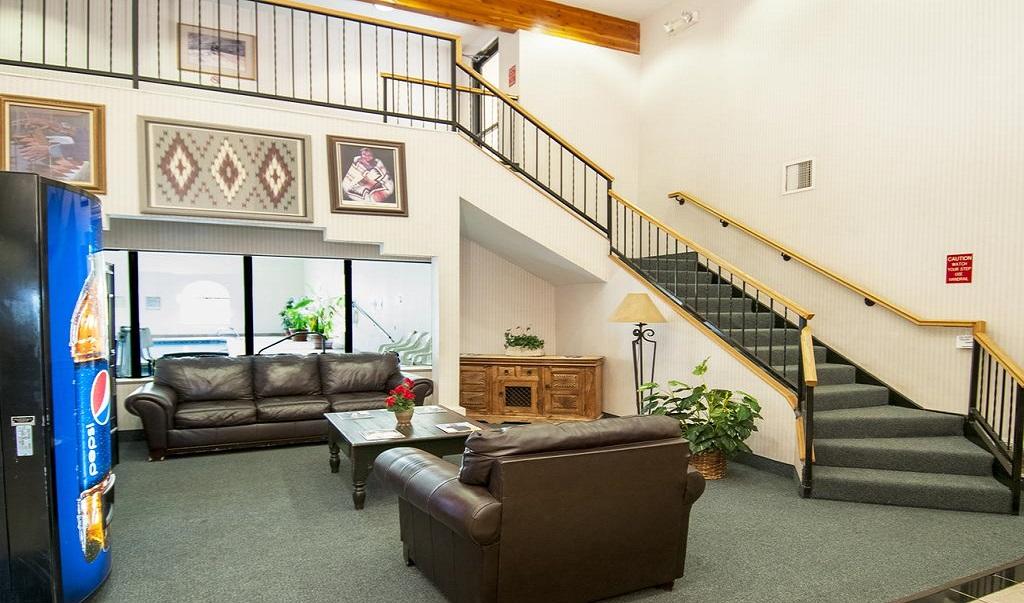 Navajoland Inn & Suites - Lobby-1