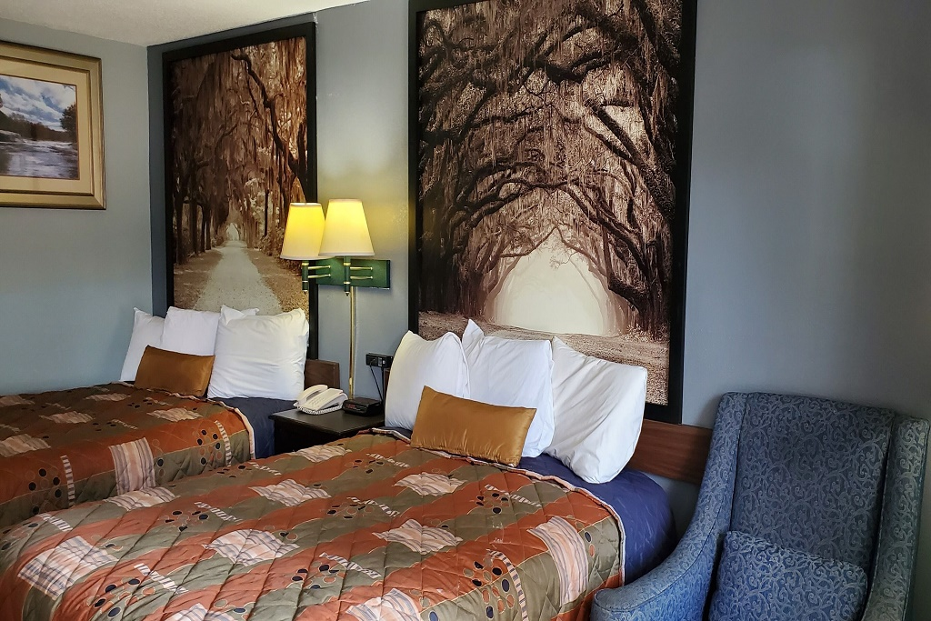 Palmetto Inn - Double Beds Room-1