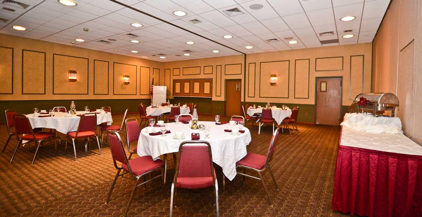 Pocono Resort - Dining Area-2
