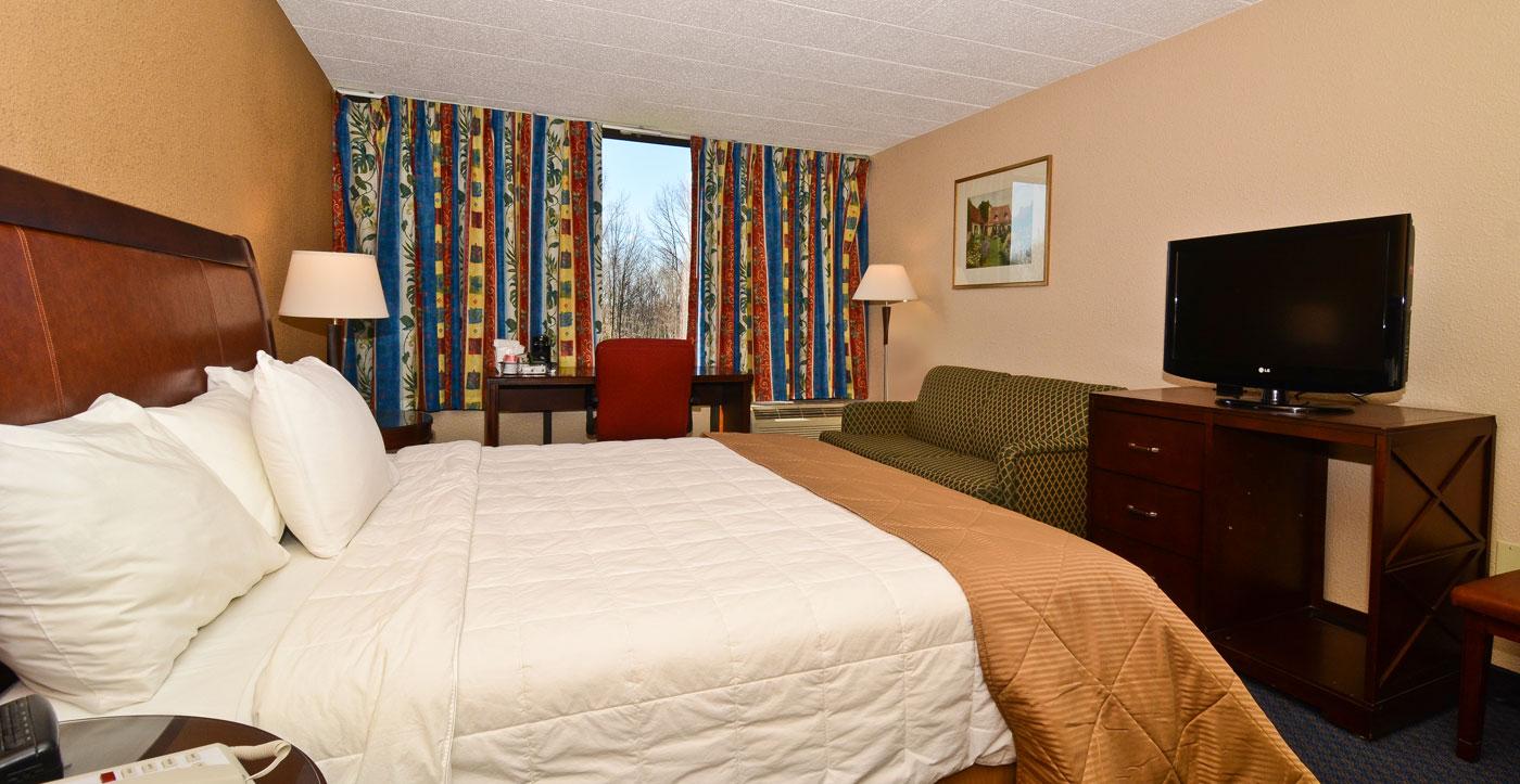 Pocono Resort - Single Bed-1