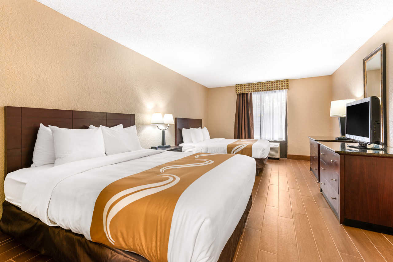 Quality Inn Orlando Airport - Double Beds-1