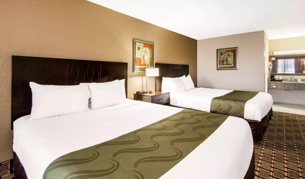 Quality Inn & Conference Center - 2 Beds Room-1