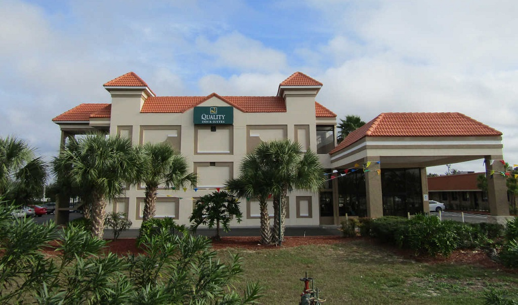 Quality Inn & Suites Kissimmee by The Lake - Exterior-4