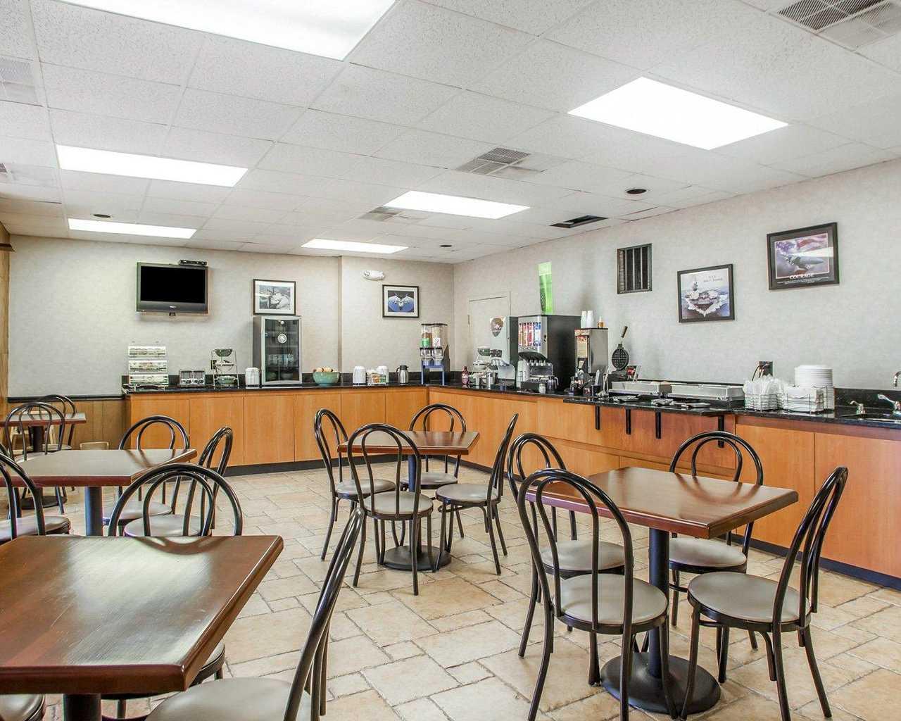 Quality Inn McGuire AFB - Breakfast Area-1