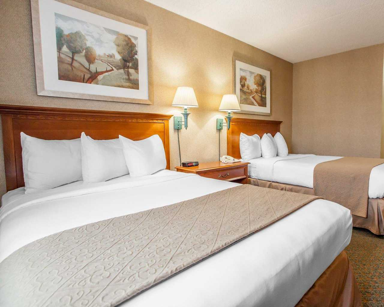 Quality Inn McGuire AFB - Double Beds Room-2