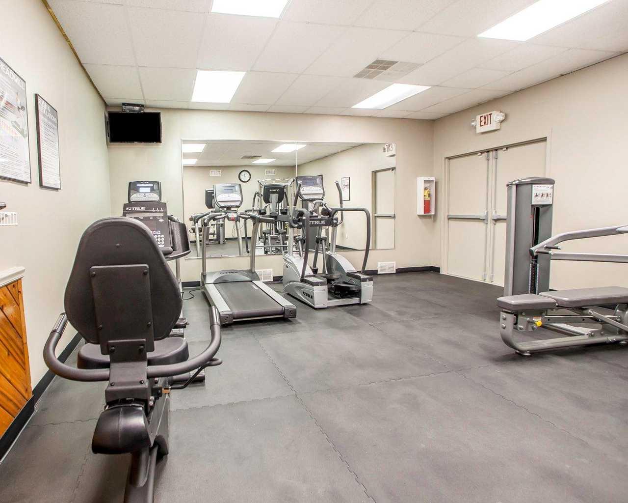 Quality Inn McGuire AFB - Fitness Room