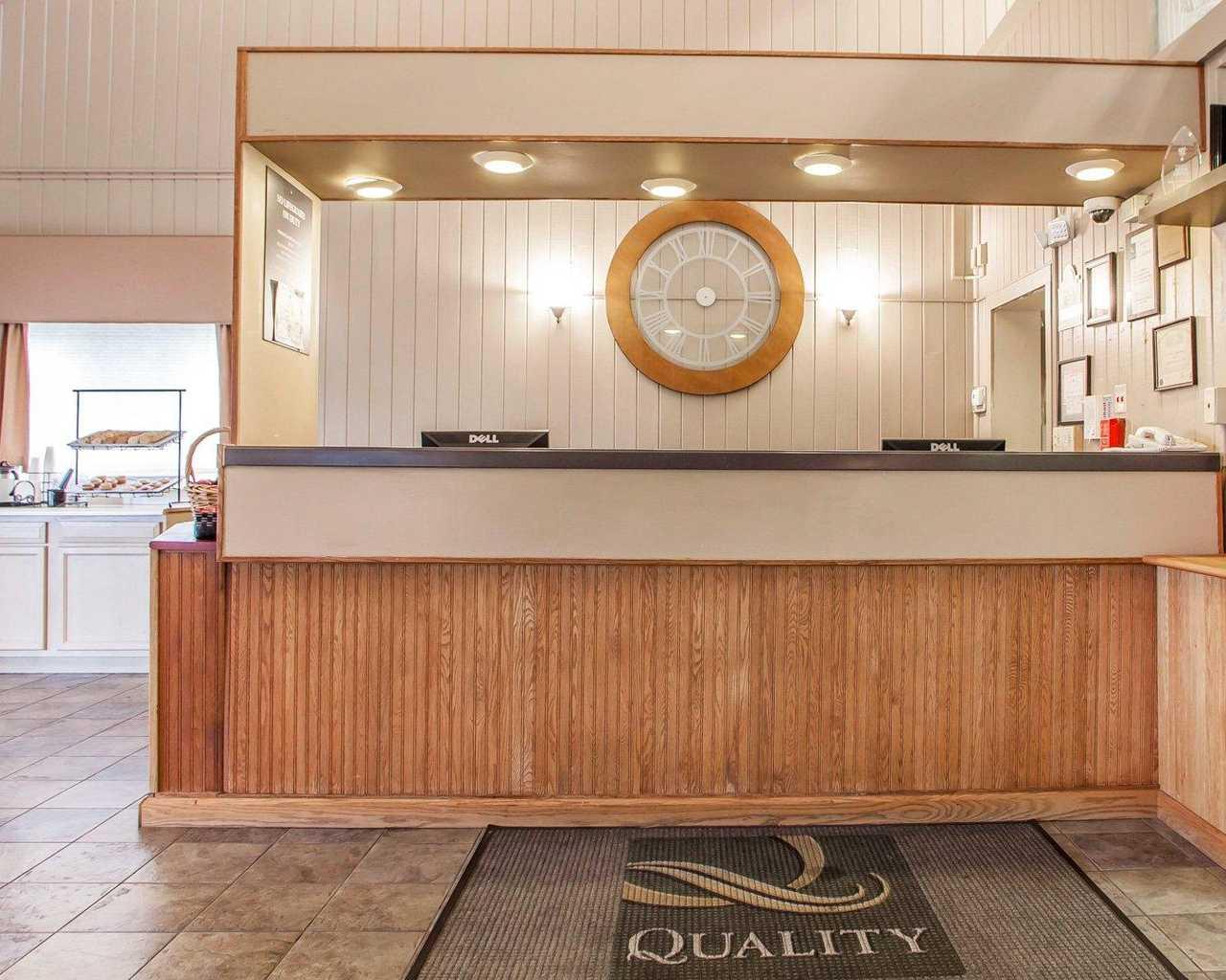 Quality Inn McGuire AFB - Lobby-1