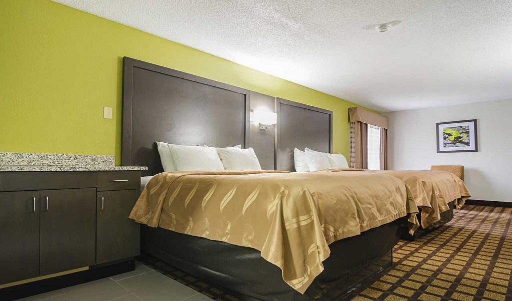 Quality Inn Raeford Double Beds 2
