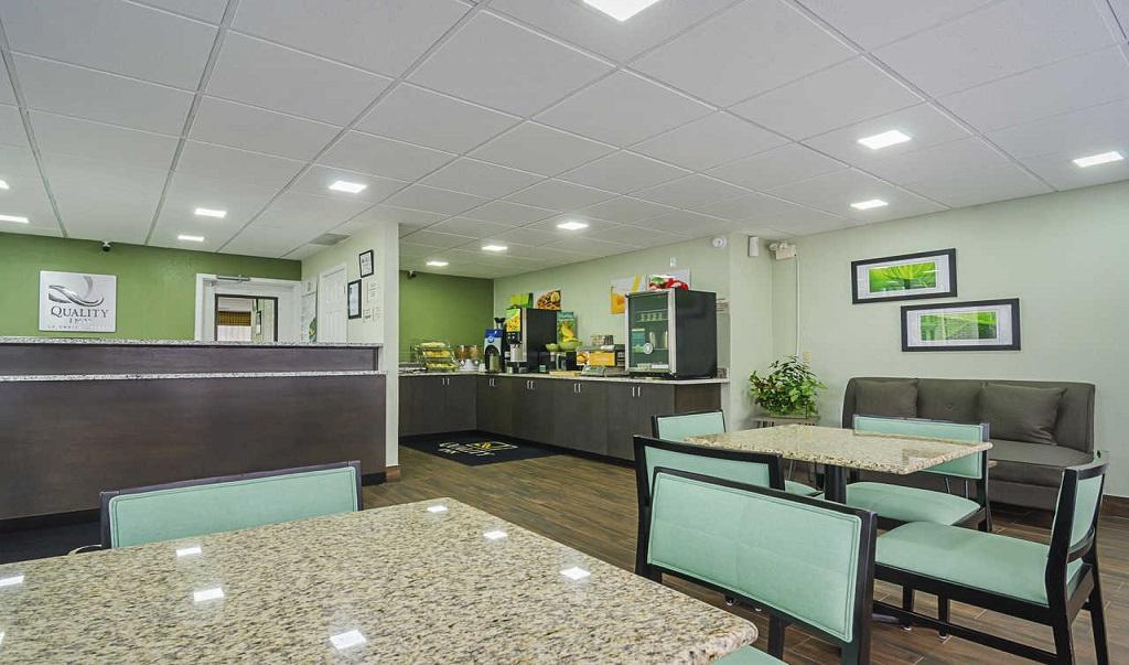 Quality Inn Raeford Lobby Area