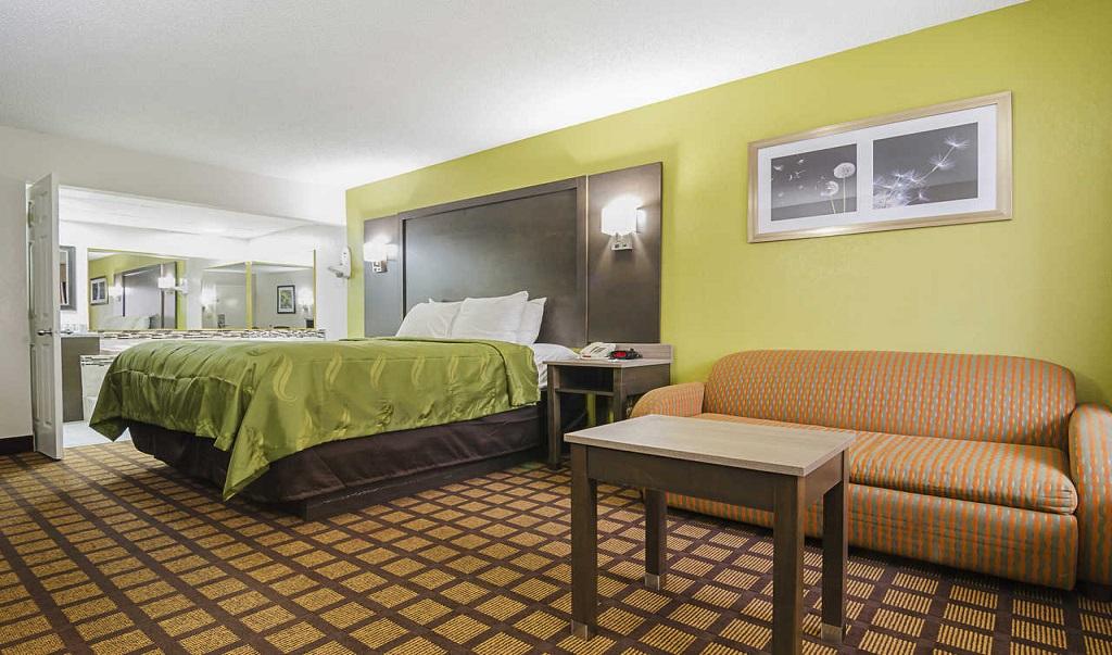 Quality Inn Raeford Single Bed 1