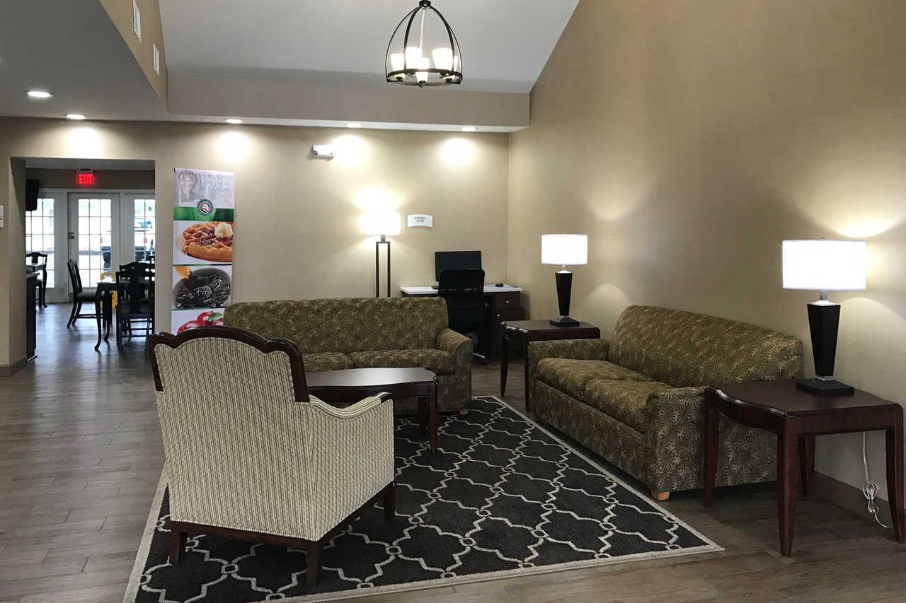 Quality Inn Seneca - Lobby-2