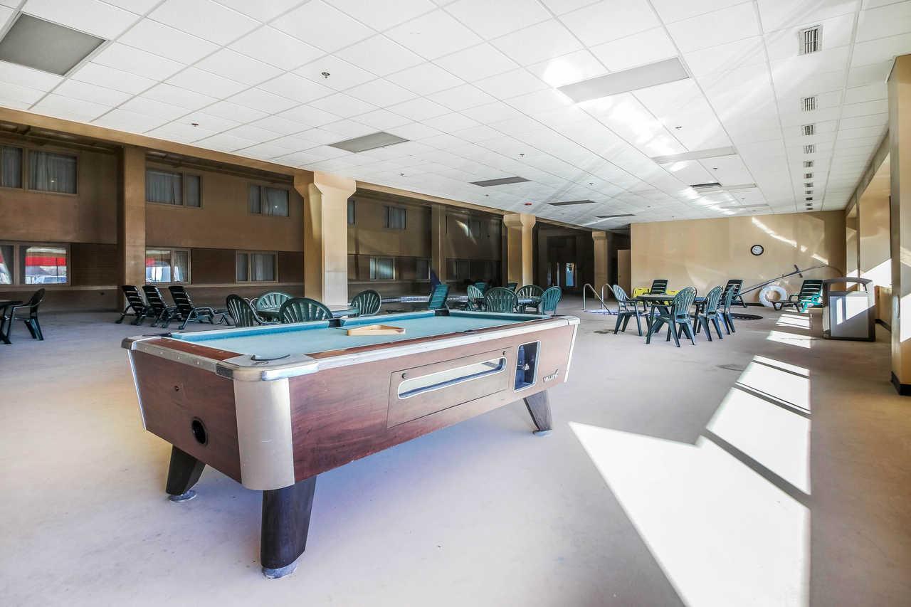 Quality Inn & Suites Beaver Dam - Game Room