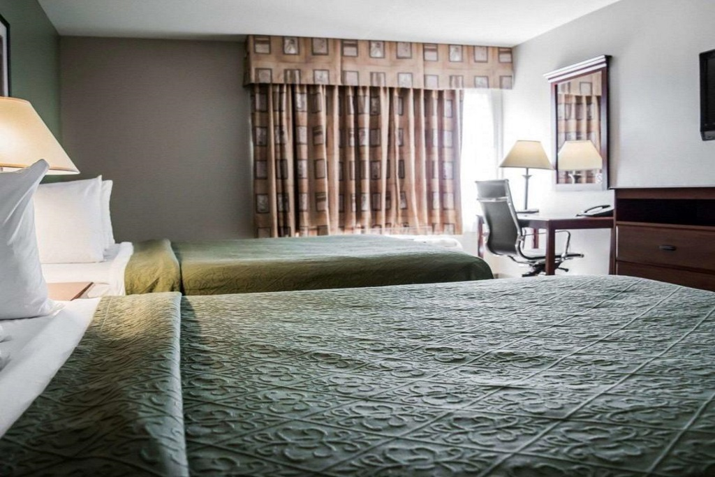 Quality Inn & Suites Ybor City - Double Beds Room-1