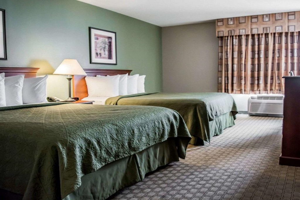 Quality Inn & Suites Ybor City - Double Beds Room-2