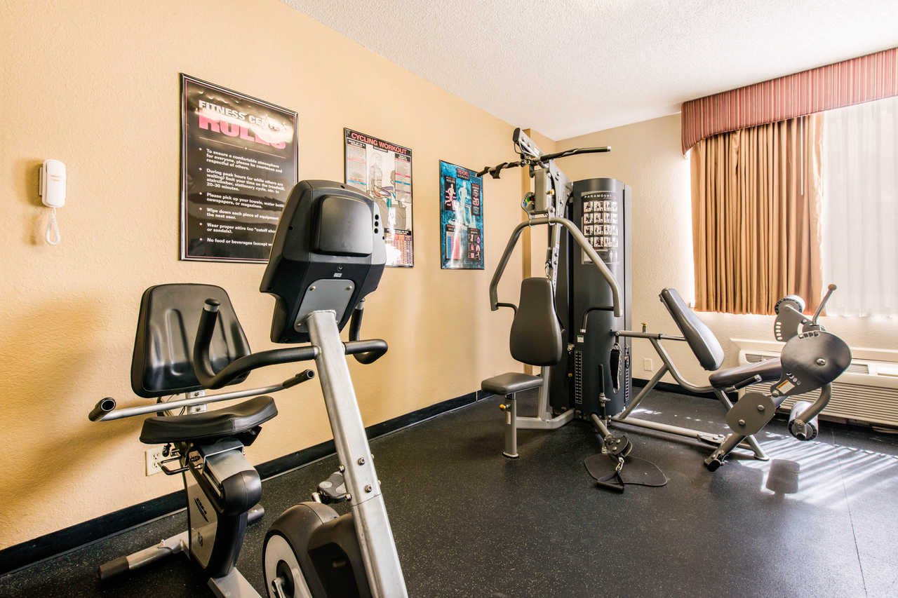 Quality Inn & Suites Orlando Florida Turnpike - Fitness Area