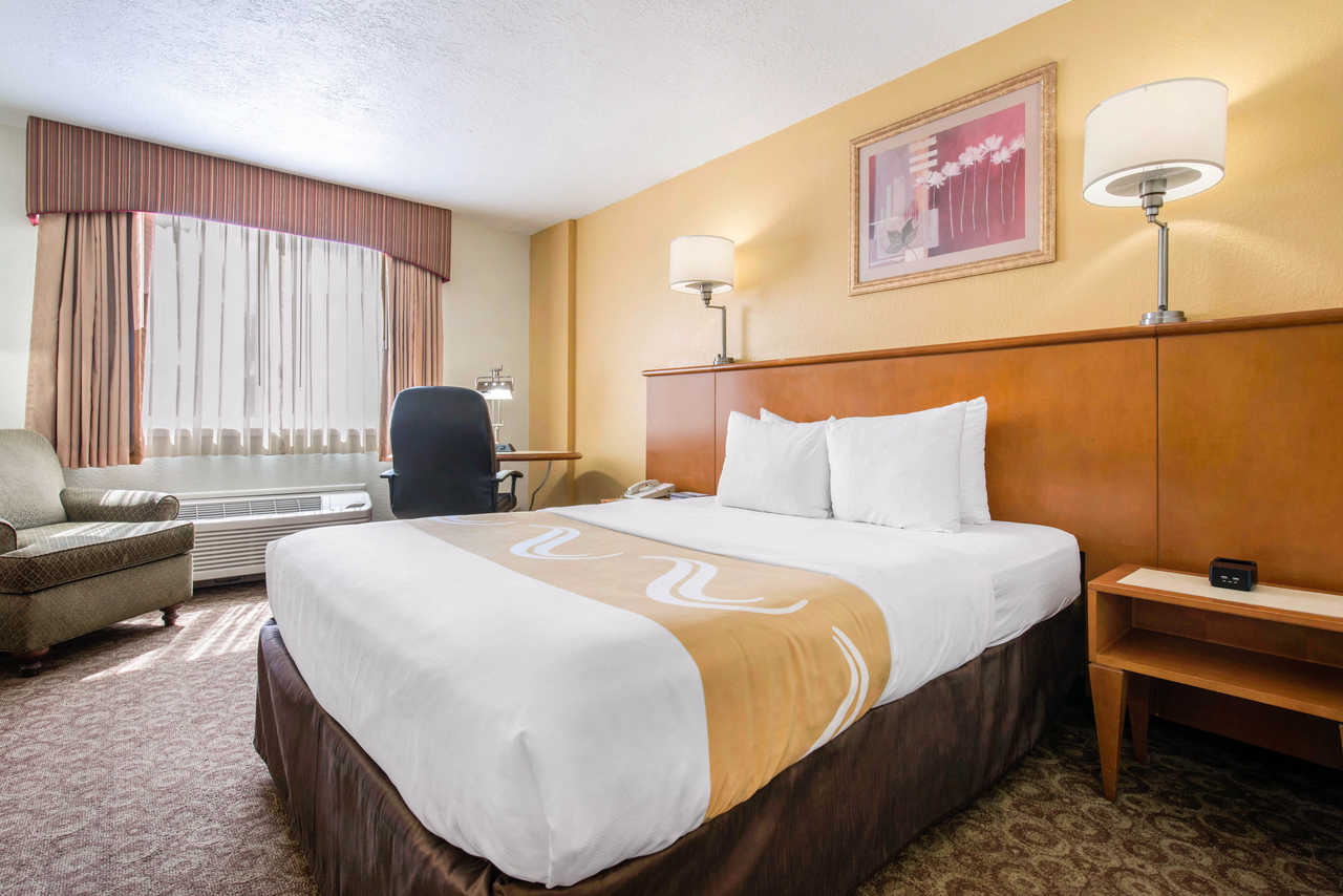 Quality Inn & Suites Orlando Florida Turnpike - King Bed Room-1