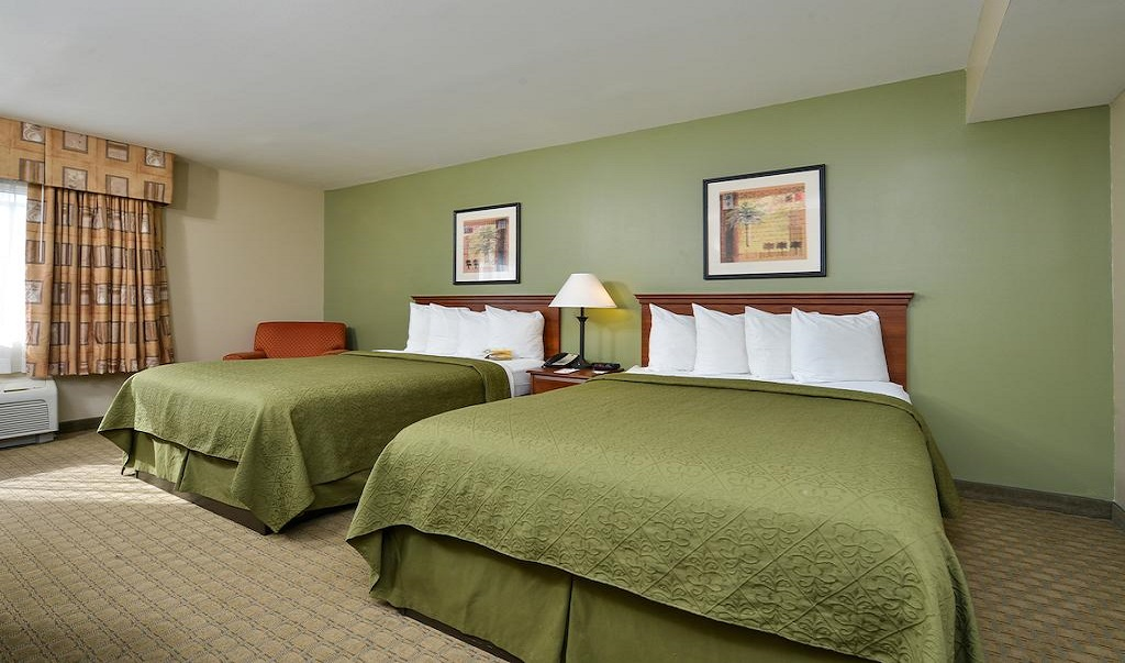 Quality Inn & Suites Near Fairgrounds Ybor City - Tampa, FL Hotel