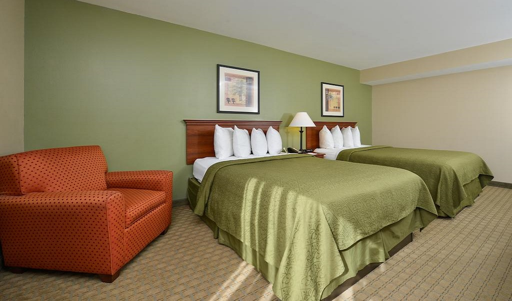 Quality Inn Ybor City - Double Beds-3