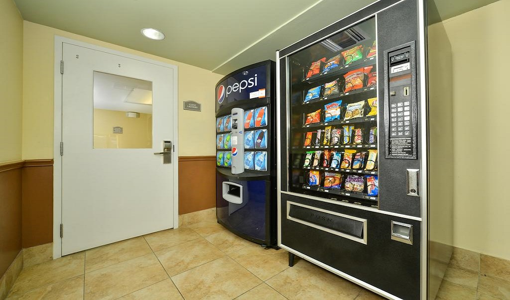 Quality Inn Ybor City - Vending Area