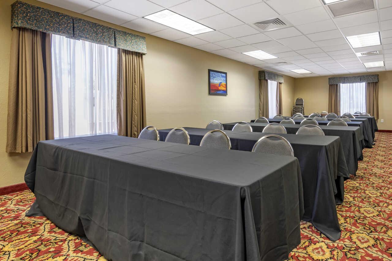 Quality Inn Zephyrhills - Meeting Area