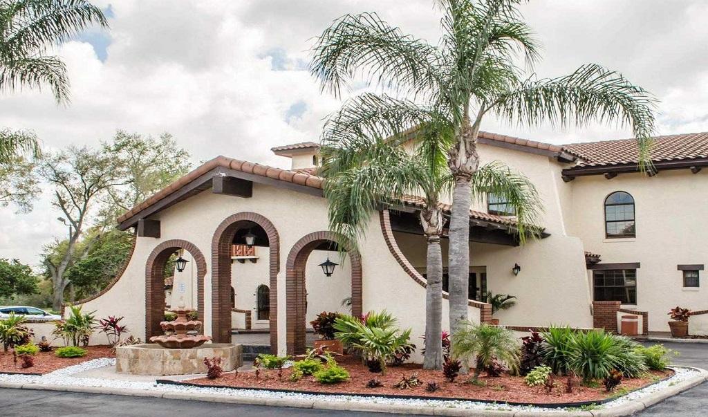 Quality Inn & Suites Brandon Tampa - Exterior-1