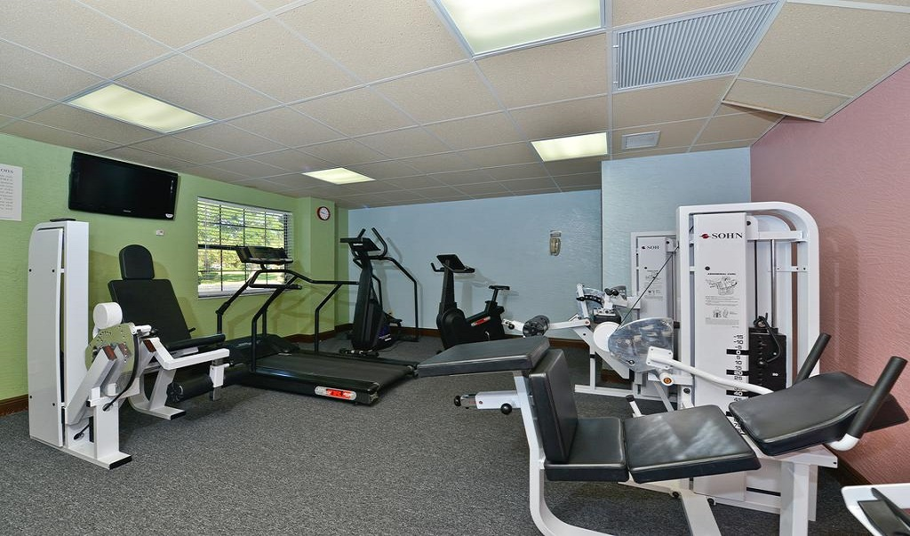 Quality Inn & Suites Brandon Tampa - Fitness Facility