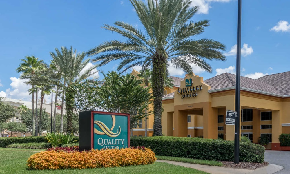 Quality Suites Lake Buena Vista - Exterior-1