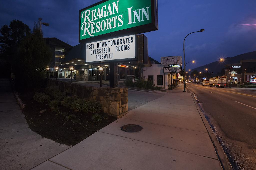 Reagan Resorts Inn - Exterior-3