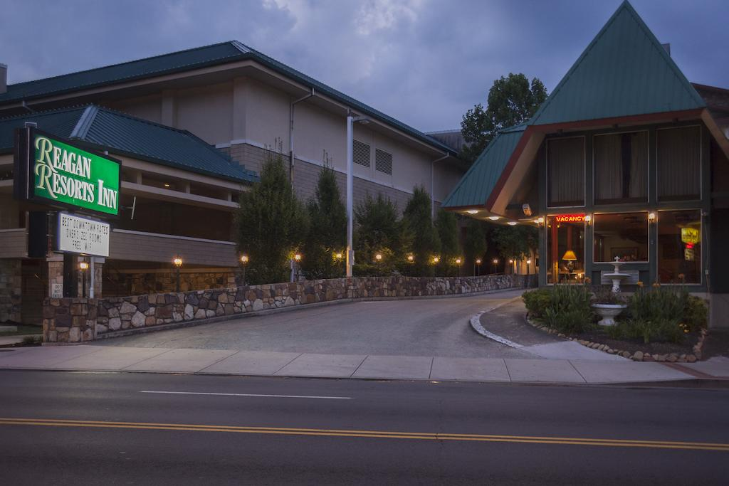 Reagan Resorts Inn - Exterior-2