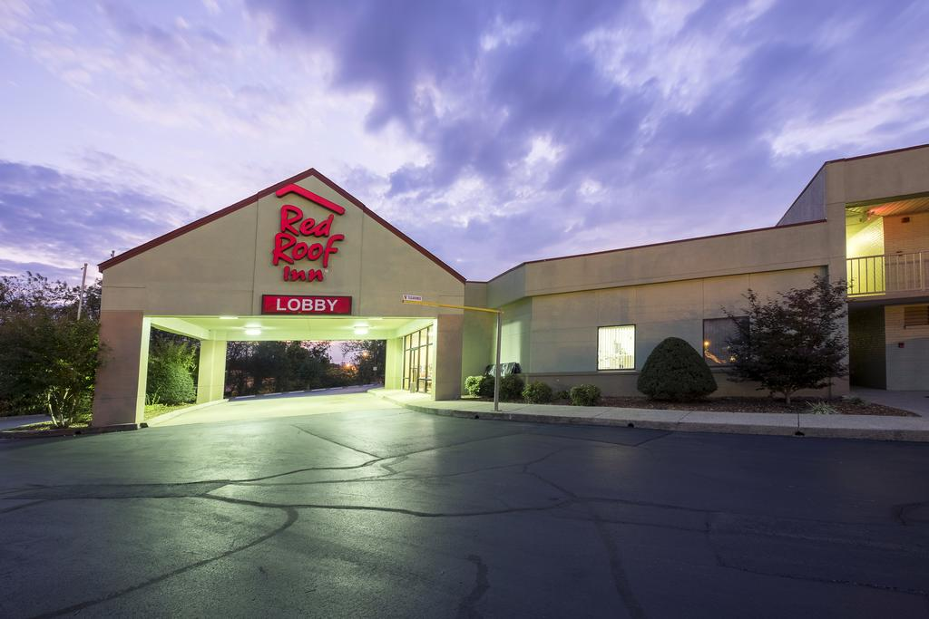 Red Roof Inn Clarksville - Exterior