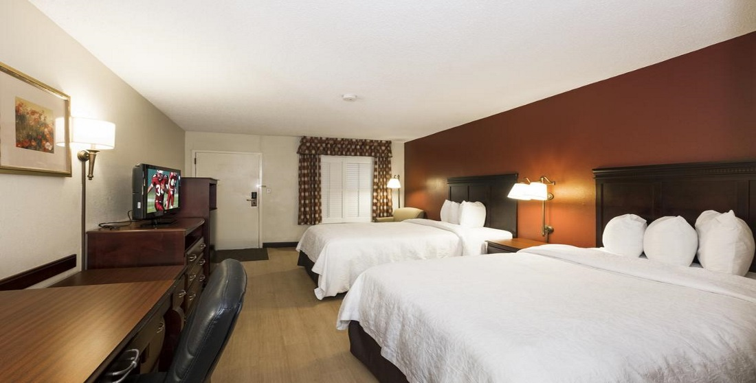 Red Roof Inn Tupelo - Double Beds Room-3