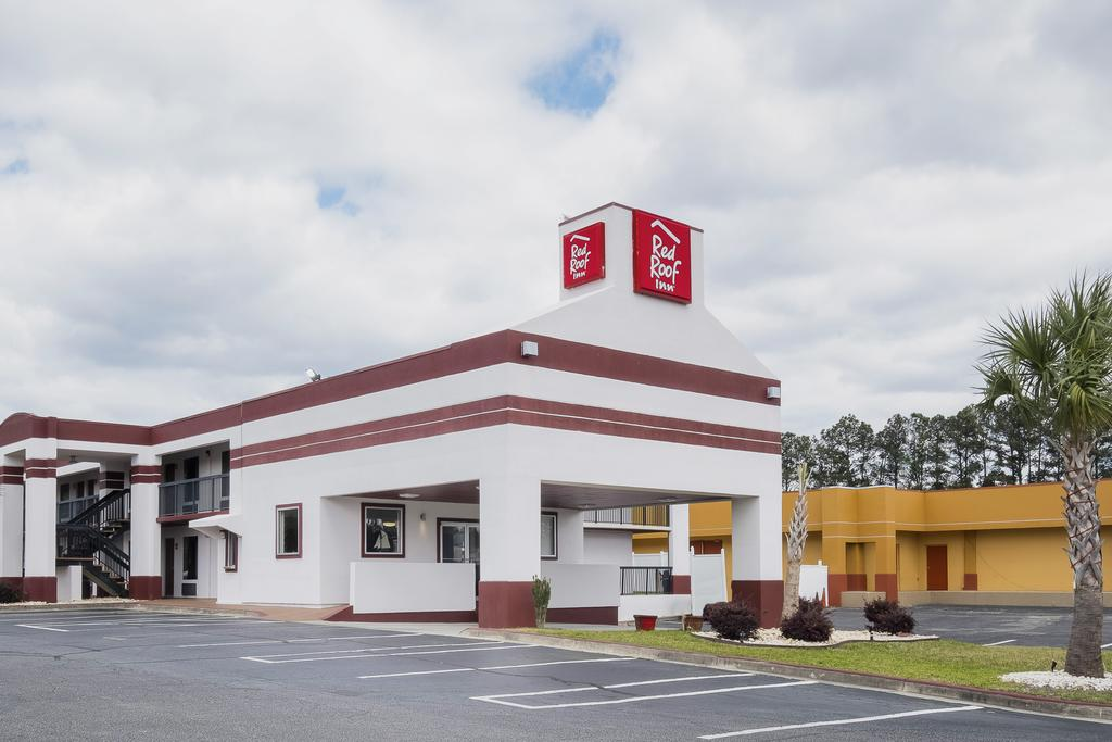 Red Roof Inn Walterboro - Exterior-2