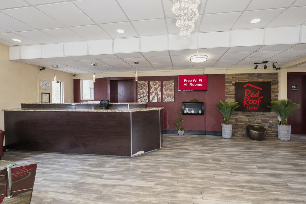 Red Roof Inn Walterboro - Lobby-2