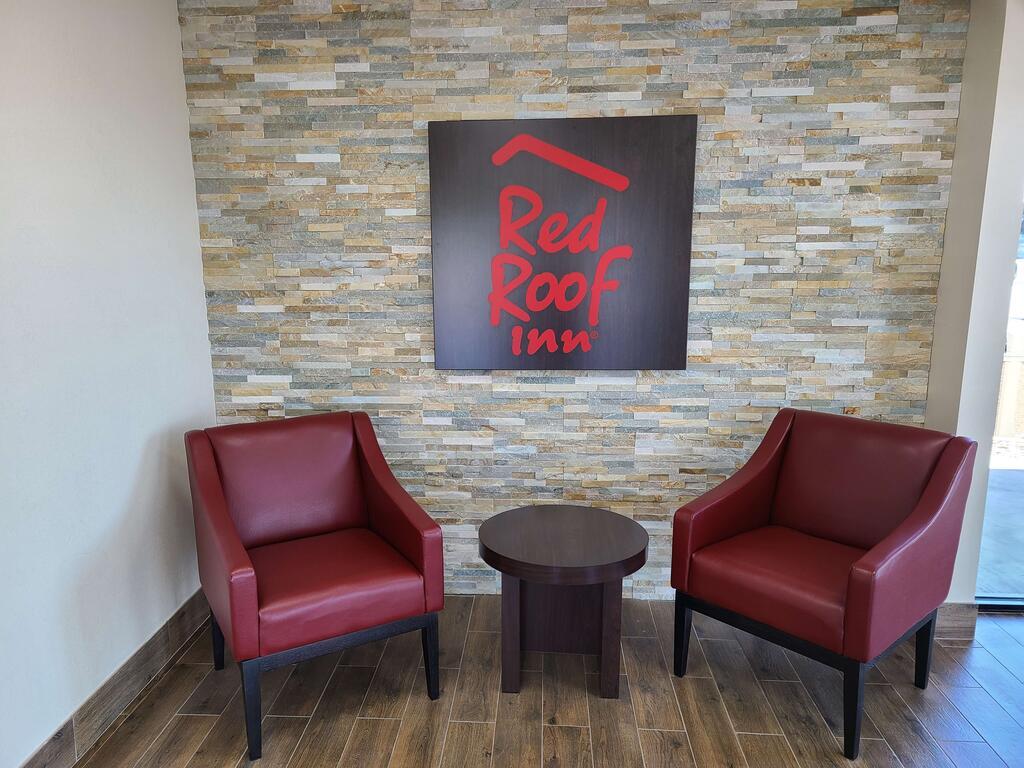 Red Roof Inn Staunton -Lobby-1