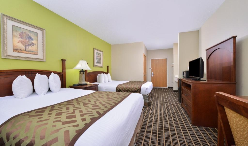 Regency-Inn-Geneseo-Guest-Double-Beds-Room2