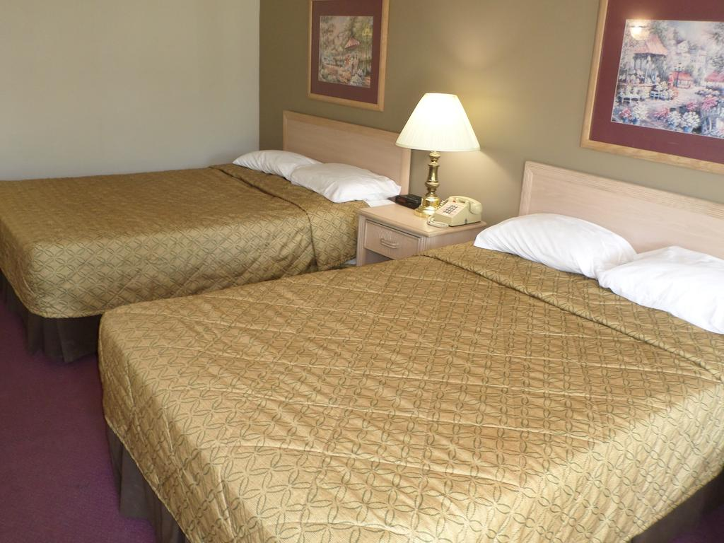 Richland Inn Lewisburg - Double Beds-2