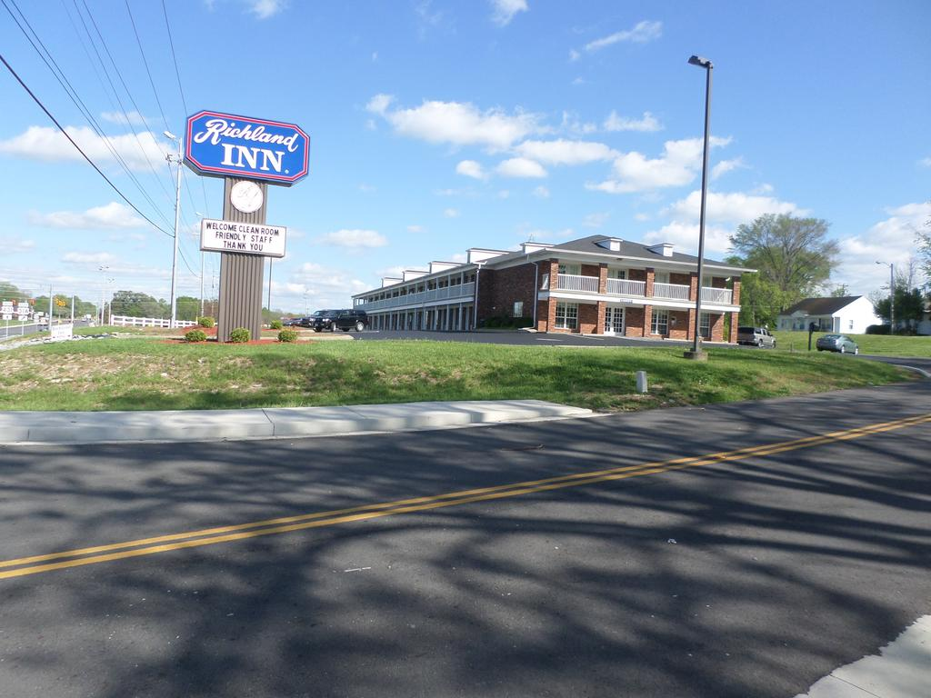 Richland Inn Lewisburg - Exterior-2