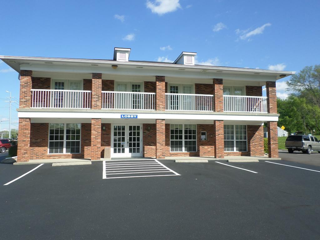Richland Inn Lewisburg - Exterior-3