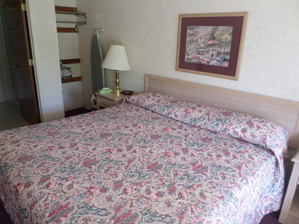 Richland Inn Lewisburg - Single Bed-1