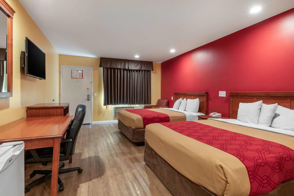Rodeway Inn Carson - Double Beds Room-1
