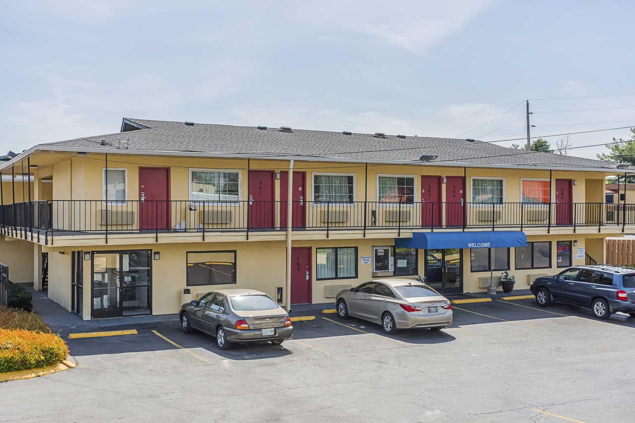 Rodeway Inn Nashville Exterior 4