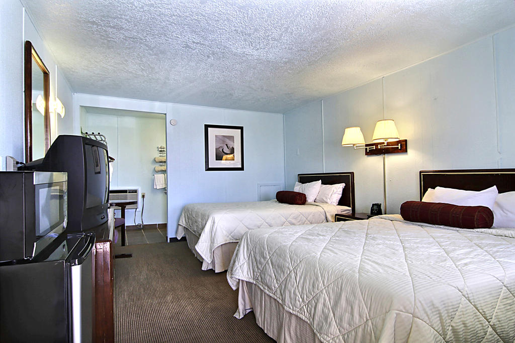 Route 66 Inn - Double Beds-3