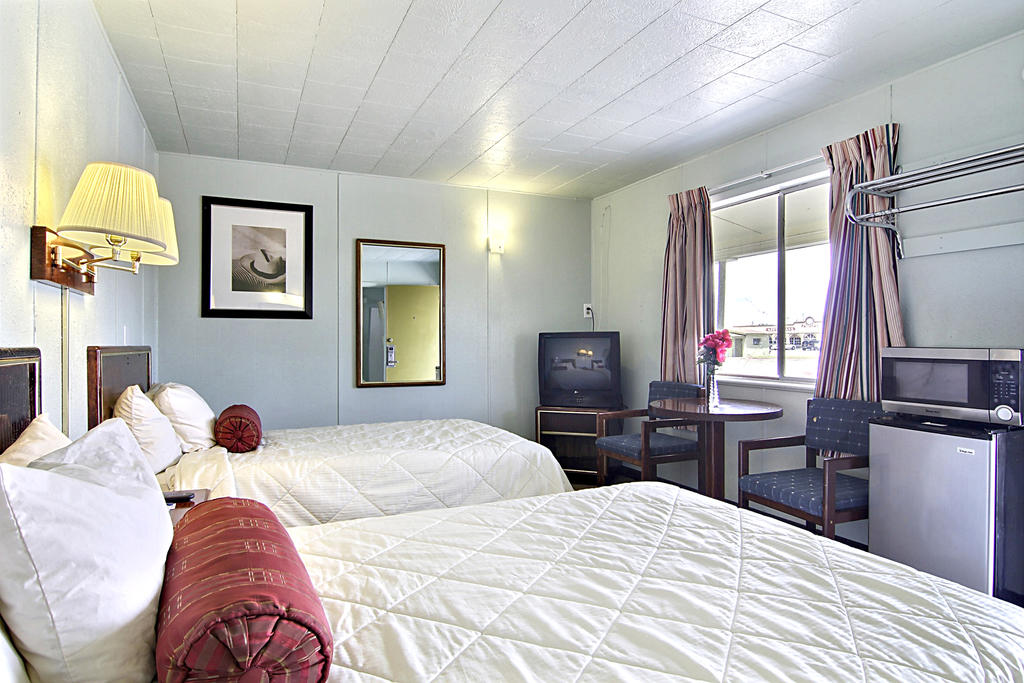 Route 66 Inn - Double Beds-4