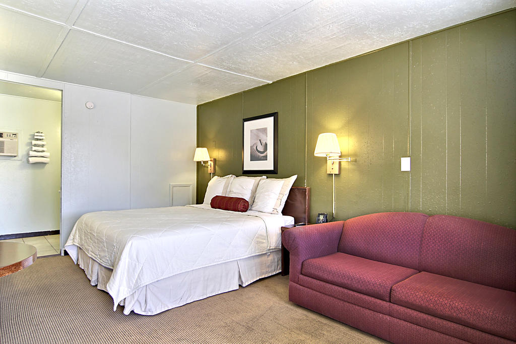 Route 66 Inn - Single Bed with Sofa