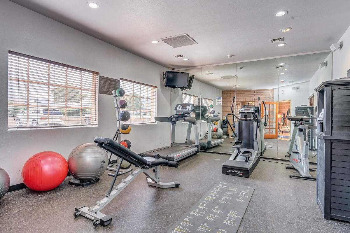 Sierra Suites - Fitness Area-2