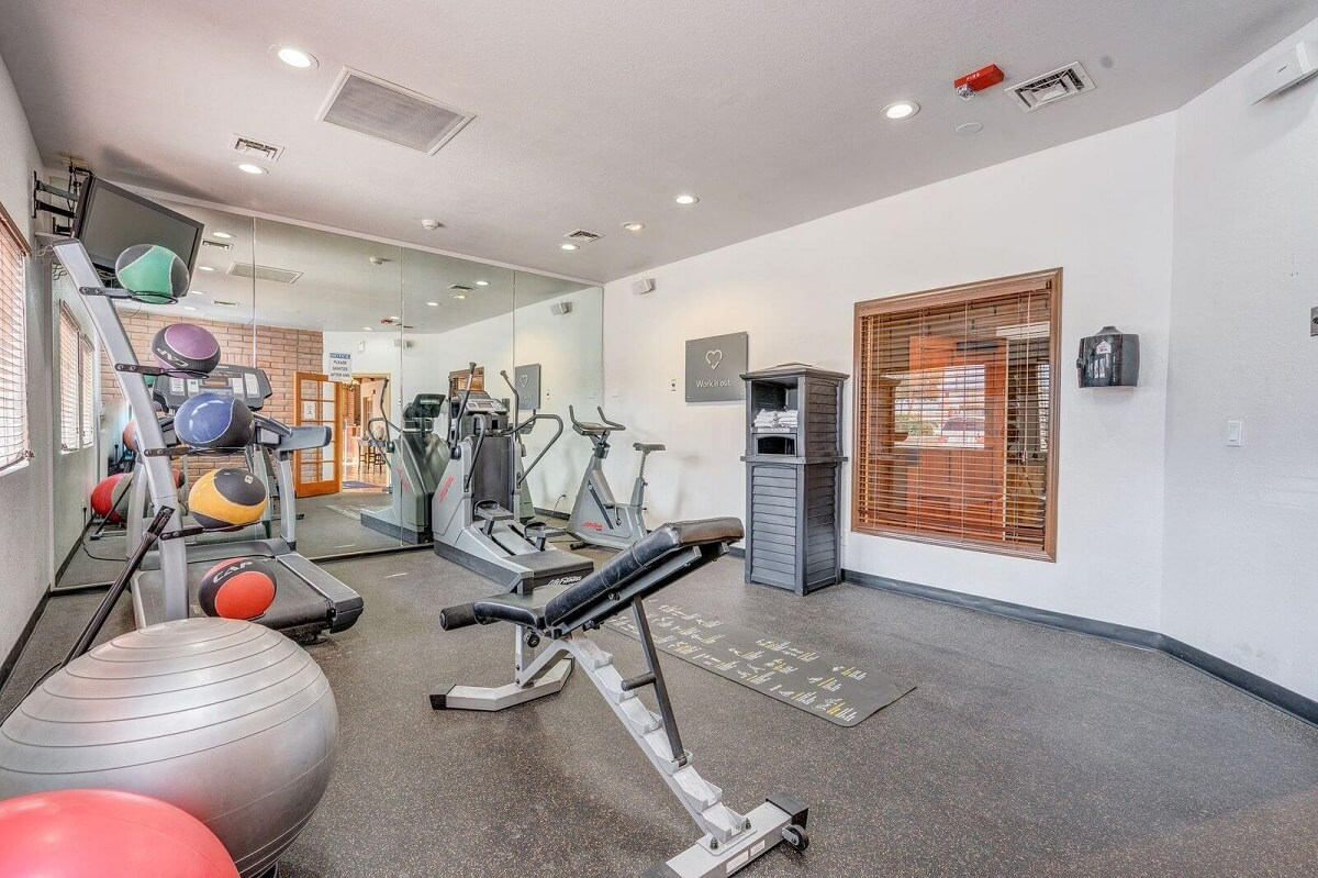 Sierra Suites - Fitness Area-1