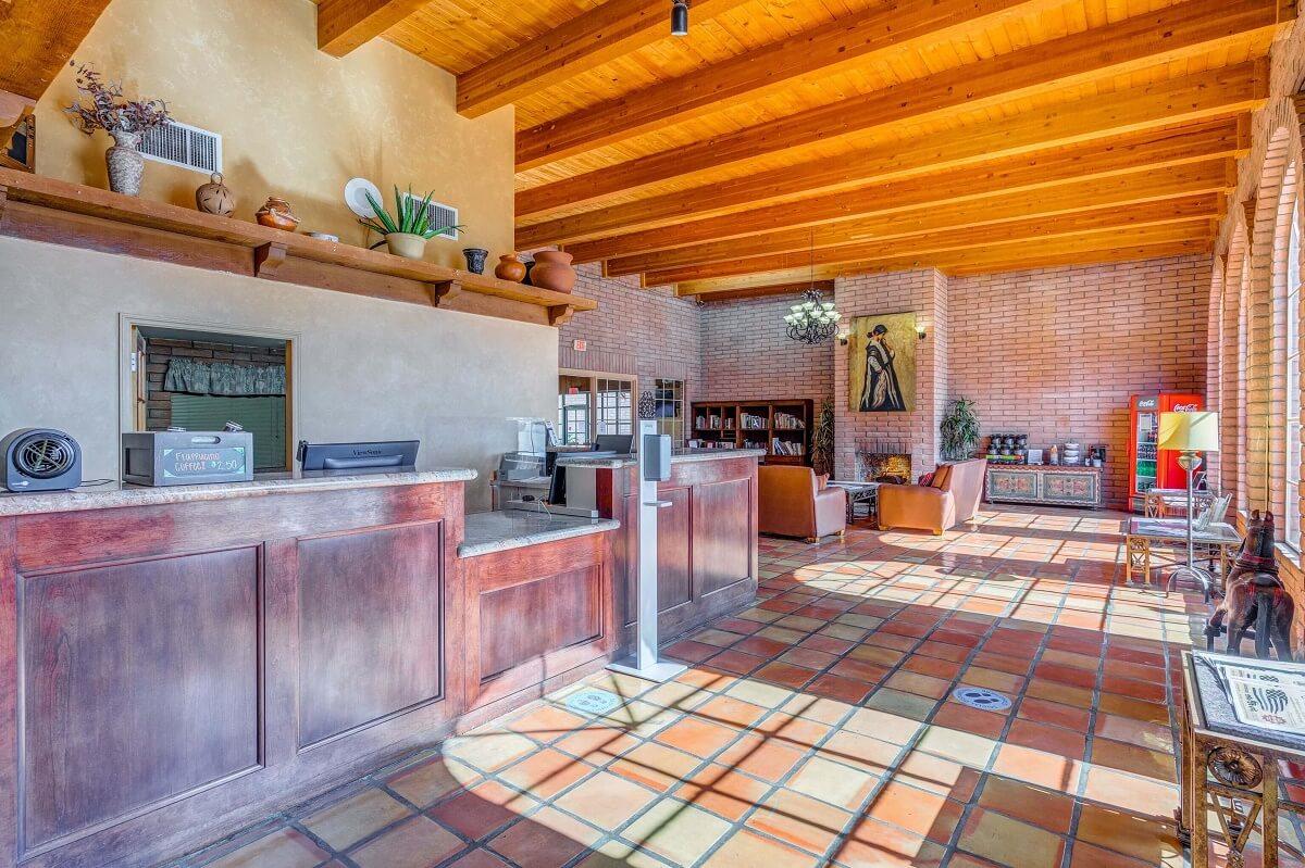 Sierra Suites - Lobby Area-2